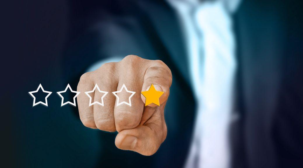 Fünf Wege, wie du mit Kritiken im Ehrenamt umgehst wie ein Profi. Im Bild sind die 5 Wege durch 5 Sterne ersetzt.